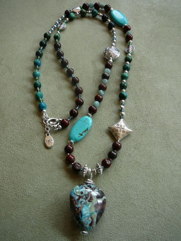Chrysacolla pendant naecklace