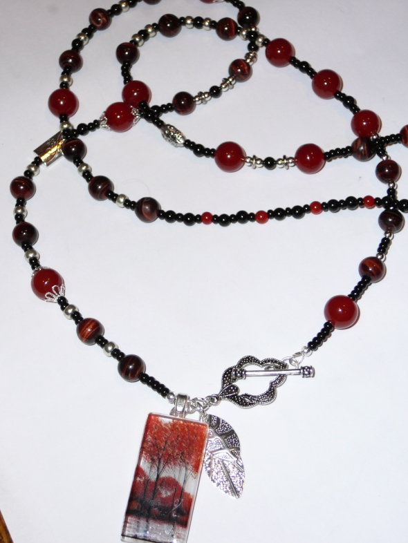 red tree glass pendant w carnelian, red tiger eye