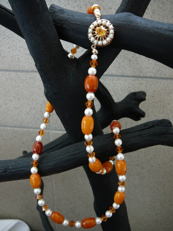 Mar23'13 Amber necklace special order