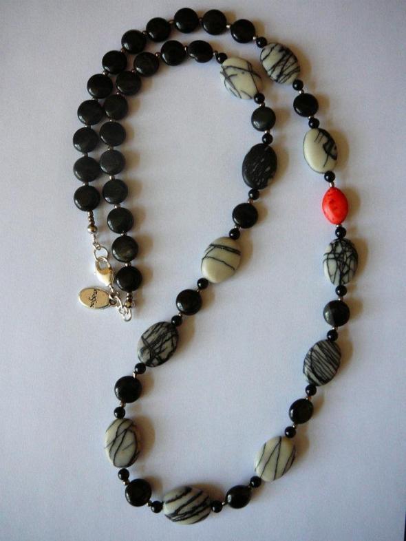 Shirley - net jasper, onyx, black jasper, coral howlite