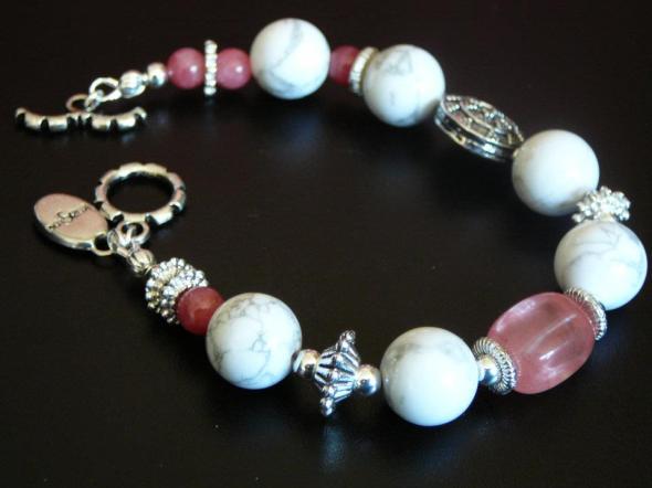 White howlite, pink jade, cherry quartz
