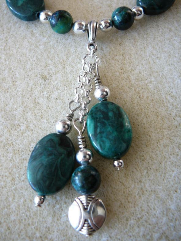 Mar23'13 green malachite jasper pendant detail
